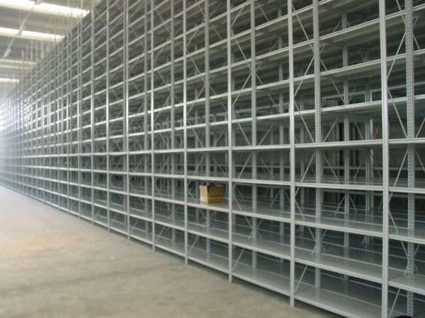 Scaffalature-a-ripiani-per-commissionatore (1)